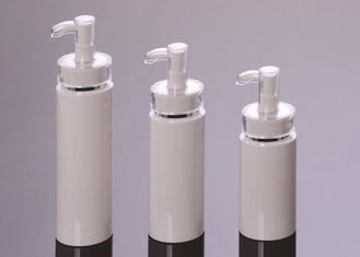 Empty Cosmetic Spray Bottle Plastic Material Acrylic White Pump 120ml Capacity